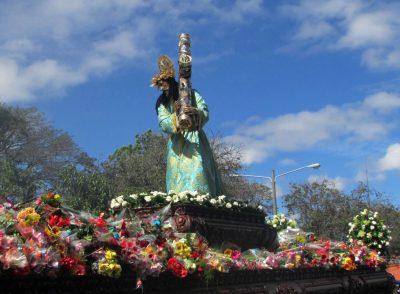 procesion de la reseña en guatemala