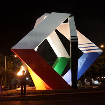 escultura plaza espiritu ganador