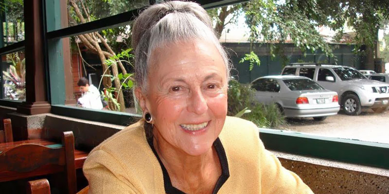 Escritora guatemalteca Margarita Carrera