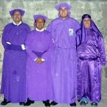 traje-cucurucho-guatemala-tunica
