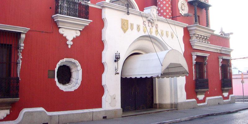 Historia de el edificio Club Guatemala