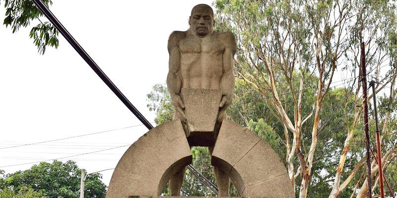Monumento al Trabajo en Guatemala
