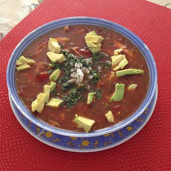 Receta para hacer sopa de tortilla guatemalteca