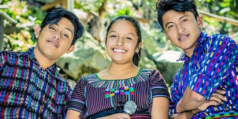 Agrupación guatemalteca Pajch'uj Tzij Poesía Loca