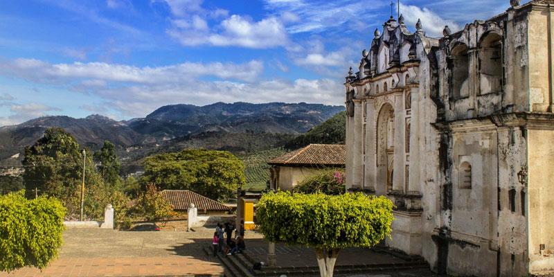Aldea San Juan del Obispo en Antigua Guatemala