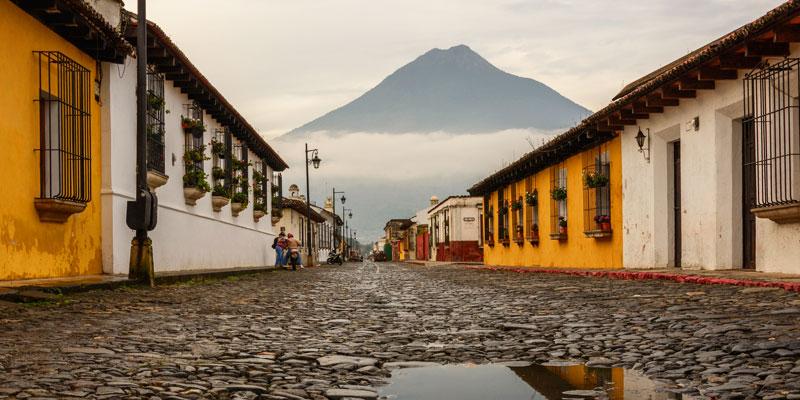 Las calles empedradas de Antigua Guatemala