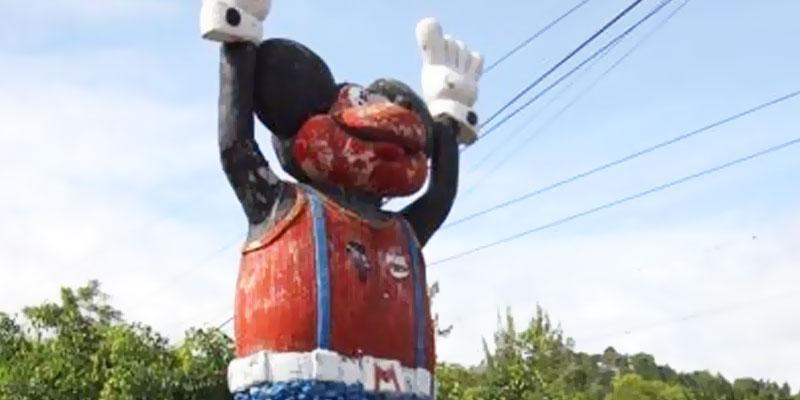 Mickey Mouse en San Antonio La Paz