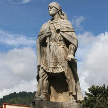 estatua atasio tzul