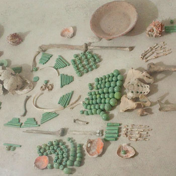 jade entierro