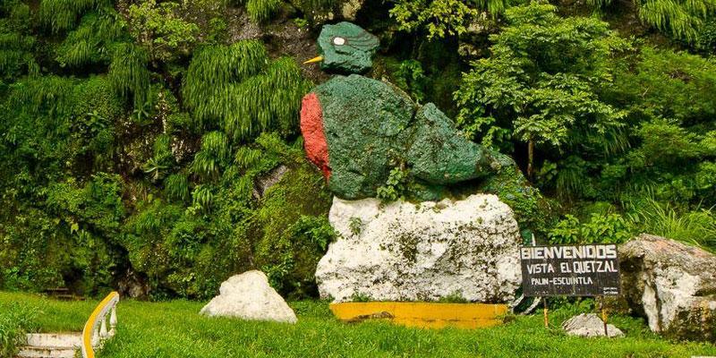 Vista del Quetzal de Piedra en Palín Escuintla