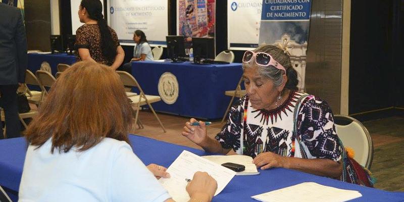 Inscripción de nacimiento de mayor de edad en Guatemala