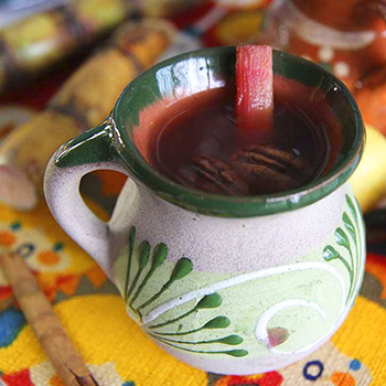 Receta de Ponche Rojo navideño de Guatemala