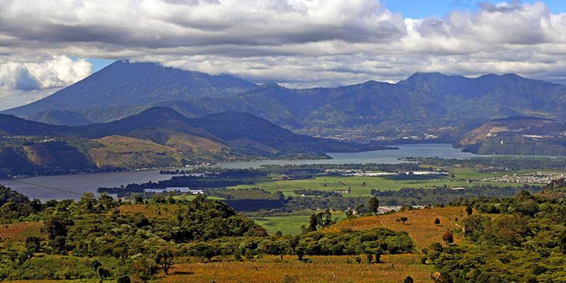 Lago de Amatitlán, Guatemala