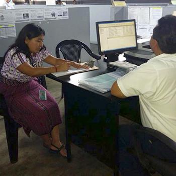 Precios de los trámites del RENAP en Guatemala