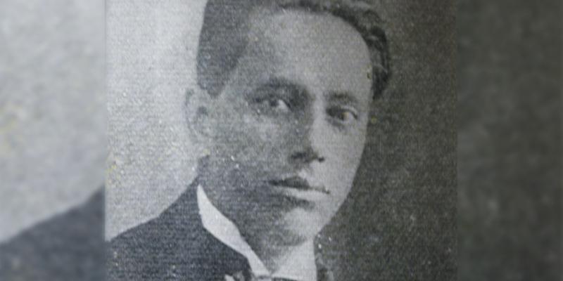 Biografía de Alberto Velásquez Collado
