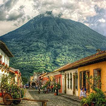La visita de Antoine de Saint-Exupéry en Guatemala