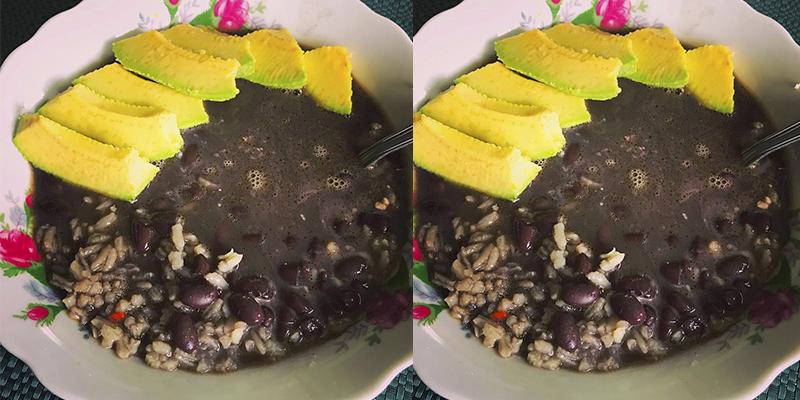Receta para hacer caldo de frijol guatemalteco
