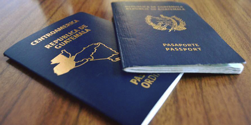 Cómo solicitar sticker para validar pasaporte vencido en Guatemala
