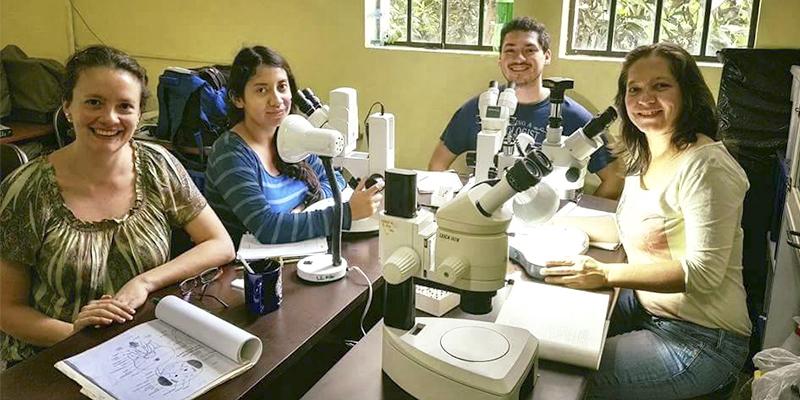 Día del biólogo en Guatemala