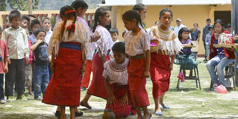 Palabras en idioma Akateko de Guatemala