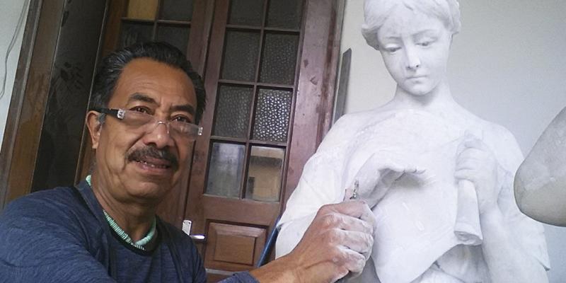 Biografía del escultor Byron Ramírez López