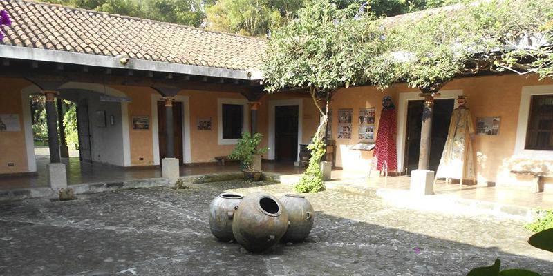 Museo de música maya Casa K'ojom en Sacatepéquez