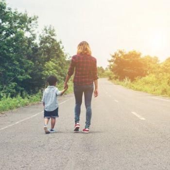 mujeres embarazadas adopción