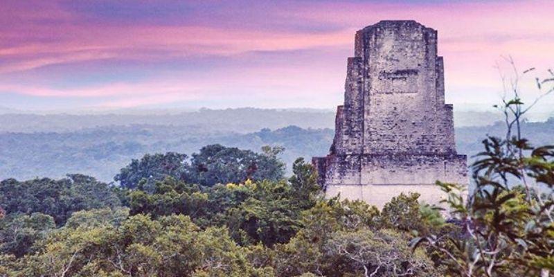 Templo III o Templo del Gran Sacerdote en Tikal, Petén