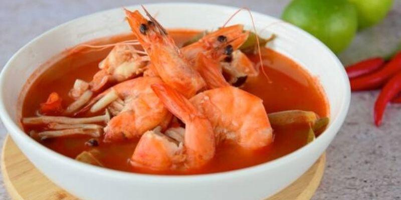 sopa de camarones de Izabal