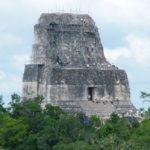 Templo IV o Templo de la Serpiente Bicéfala en Tikal, Petén