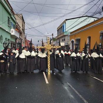 diferencias-entre-cofradia-y-hermandad-guatemala-hermandad-santo-domingo