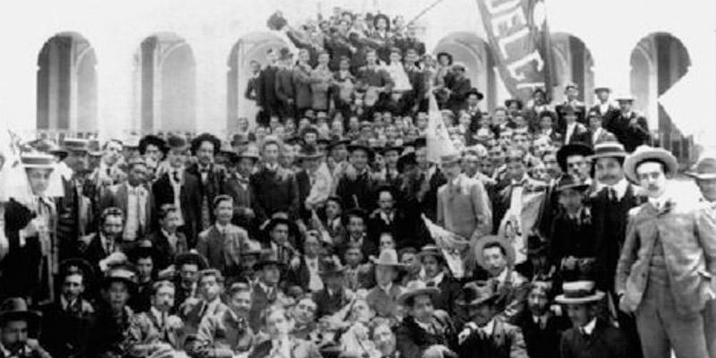 historia-boletin-huelguero-usac-desfile-bufo