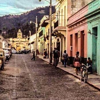historia-tercer-traslado-ciudad-de-guatemala-antigua-guatemala-calle-del-arco