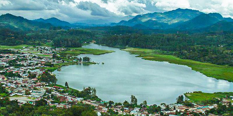 Laguna Chichoj en Alta Verapaz