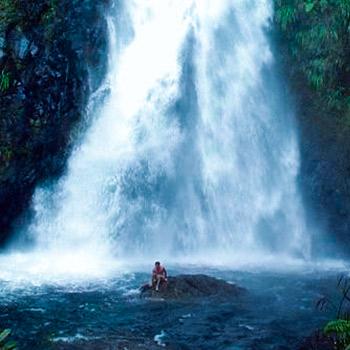 ram-tzul-cascada-reserva-natural-baja-verapaz-purulha-guatemala-catarata