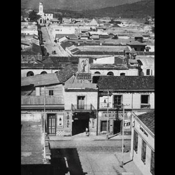 callejones-antiguos-zona1-ciudad-de-guatemala-de-la-luna