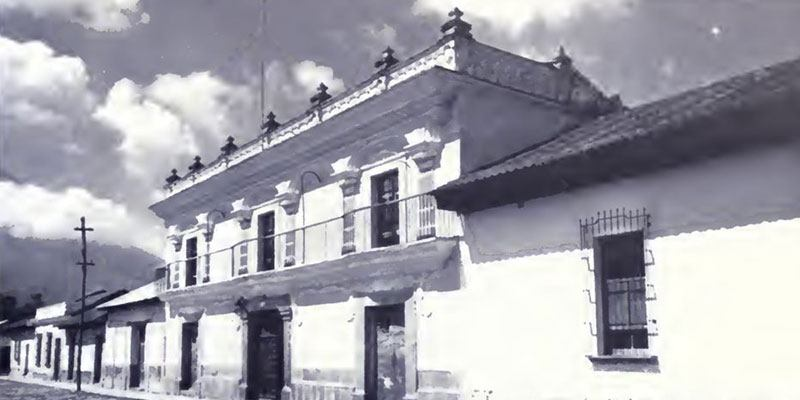casa-de-chamorro-de-las-sirenas-antigua-guatemala-historia