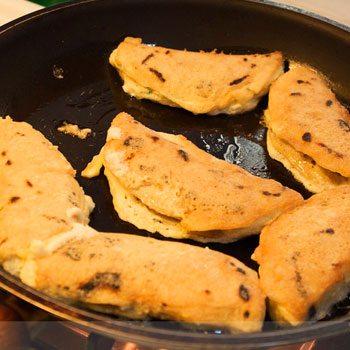 receta-chilaquilas-guatemaltecas-tortillas-queso-preparacion