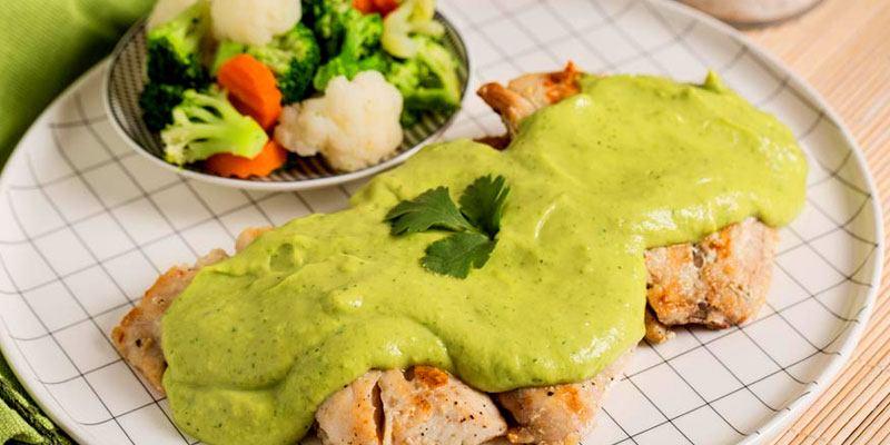 receta-hacer-salsa-de-aguacate-estilo-guatemalteco