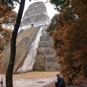 templo-v-tikal-peten-plaza-siete-templos
