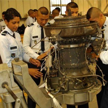 escuela-tecnica-militar-aviacion-etma-guatemala-educacion-bachiller-perito-aviacion