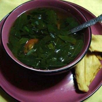 receta-hacer-caldo-chipilin-guatemalteco-preparacion