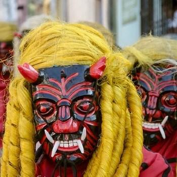 baile-24-diablos-guatemala-pecados