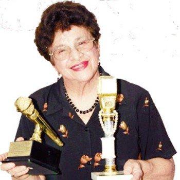 biografia-guatemalteca-gilda-castro-artista-radiofonica-maestra-microfonos-premios