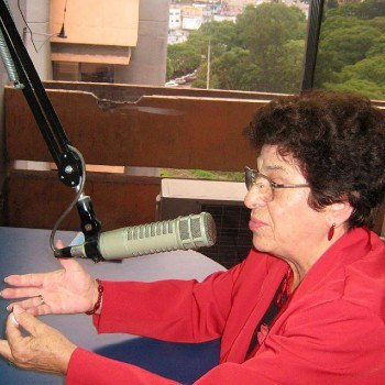 biografia-guatemalteca-gilda-castro-artista-radiofonica-maestra-microfonos