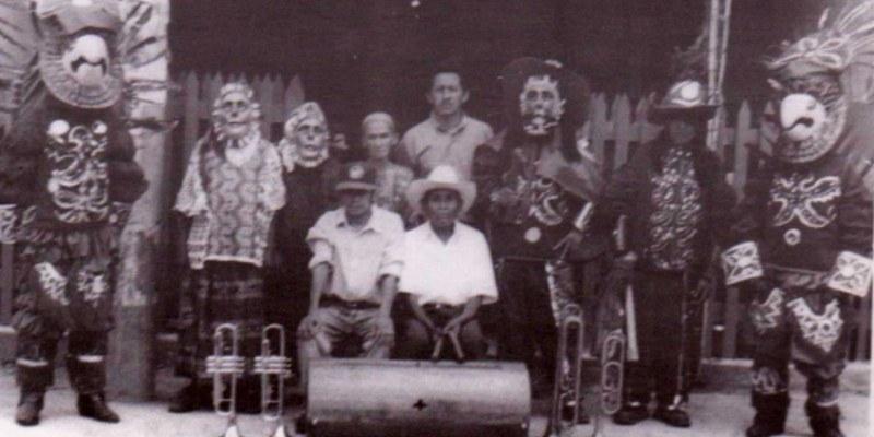 Danza de las Guacamayas o de Ma'muun, Santa Cruz Verapaz, Guatemala