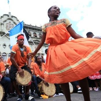 dia-nacional-mujer-garifuna-guatemala-internacional-afrodescendiente-caribe