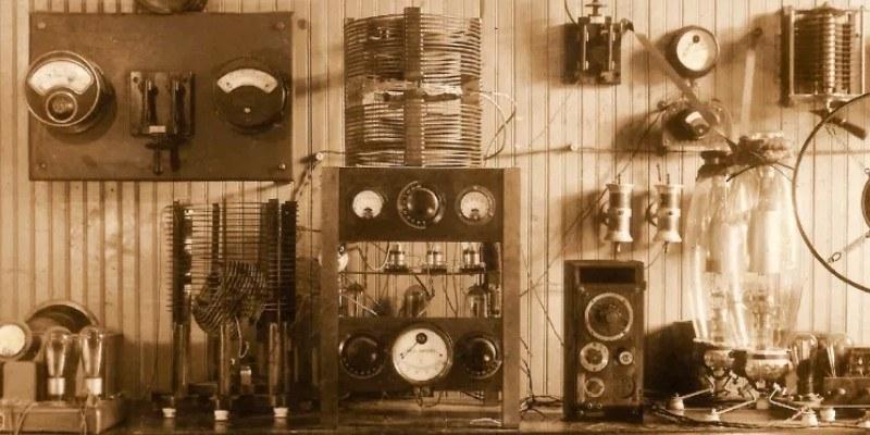 historia-radio-guatemala-julio-caballeros-paz