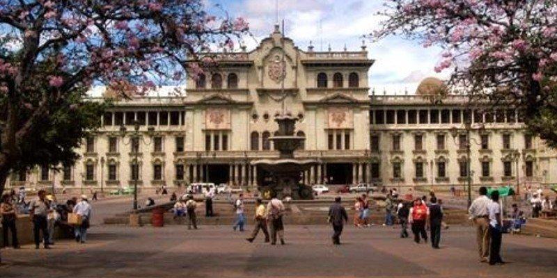 Los 14 ministerios de Guatemala