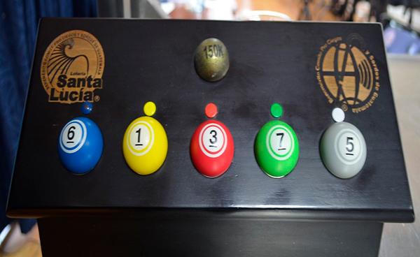 Balotas de Lotería Santa Lucía